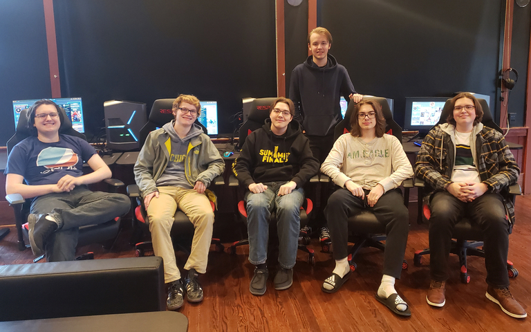 CHS Esports Team Off and Gaming